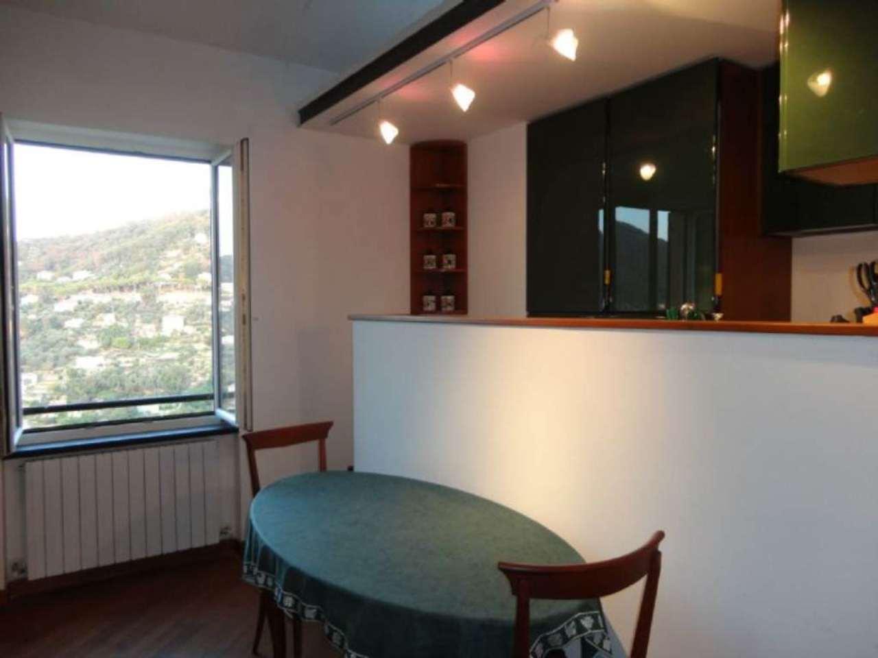 Appartamento in affitto a Camogli, 3 locali, prezzo € 600   Cambio Casa.it