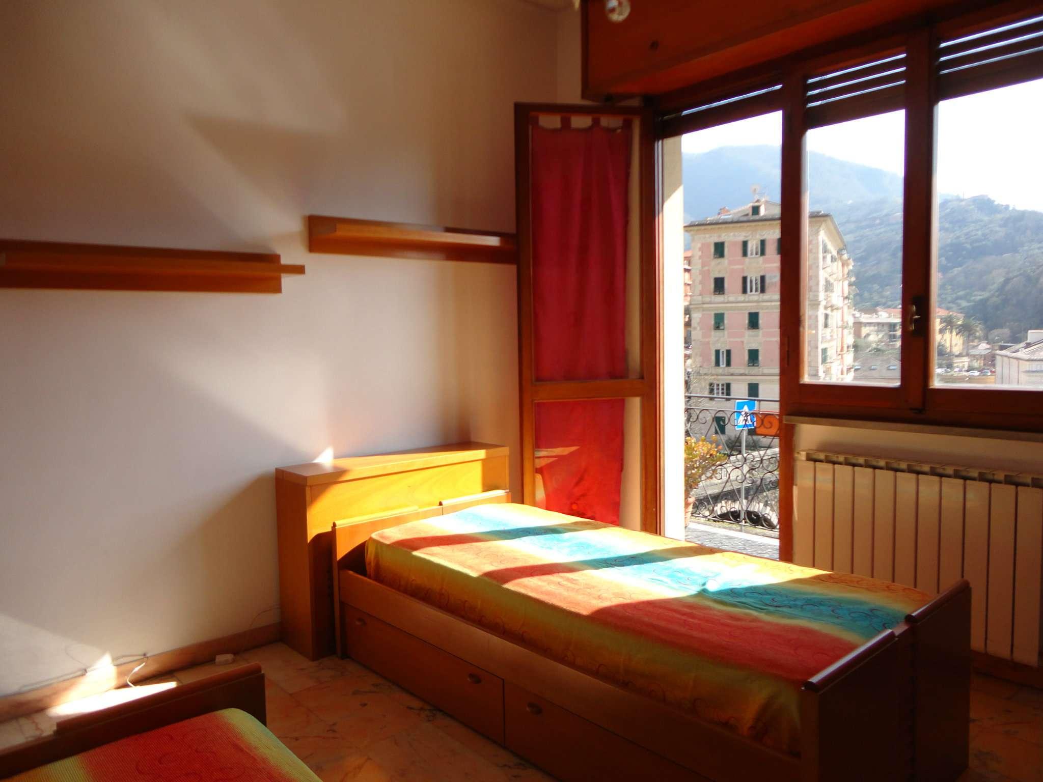 Appartamento in affitto a Camogli, 6 locali, prezzo € 650 | Cambio Casa.it