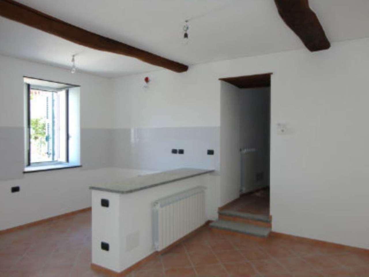 Appartamento in affitto a Uscio, 1 locali, prezzo € 300 | Cambio Casa.it