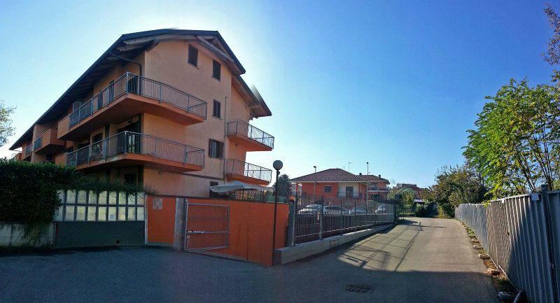 Bilocale Chieri Via Roccati 2