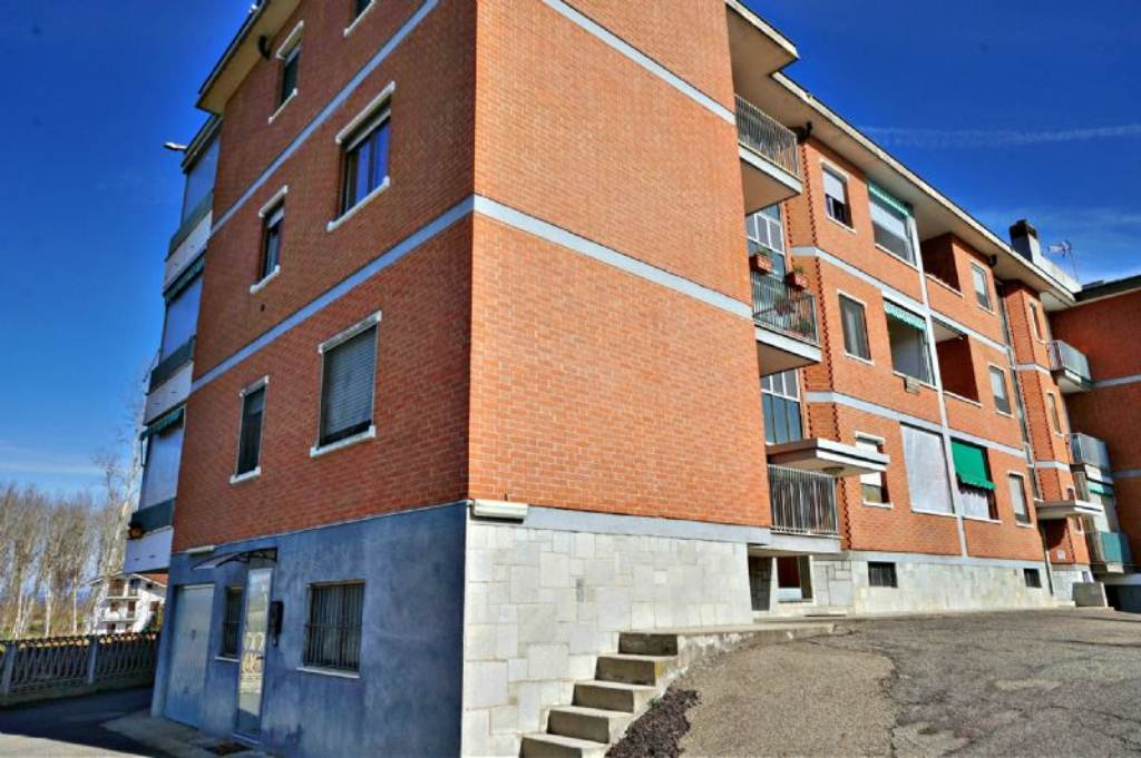 Appartamento in vendita a Riva Presso Chieri, 2 locali, prezzo € 65.000   Cambio Casa.it
