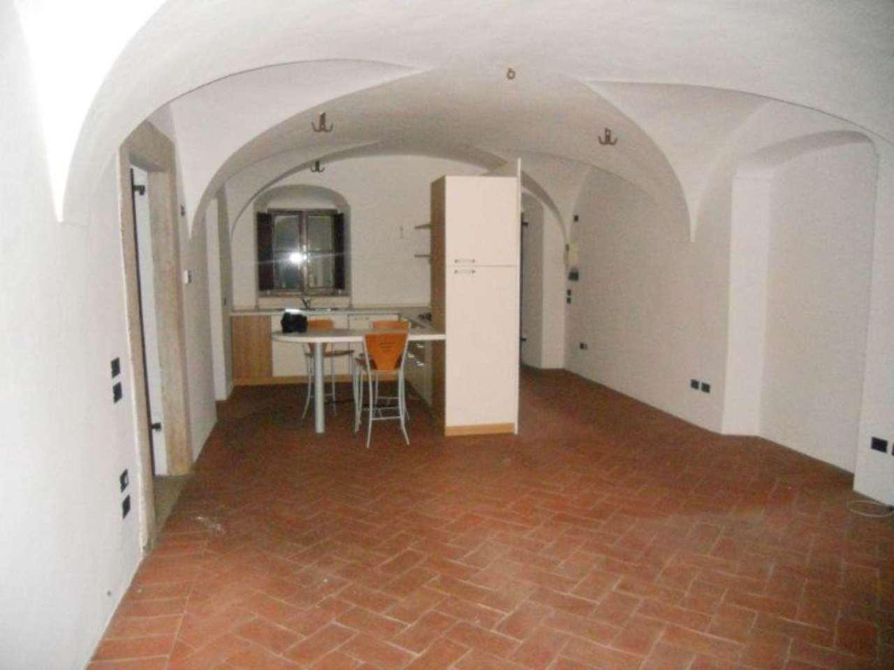 Bilocale Brescia Via Della Piazza 6
