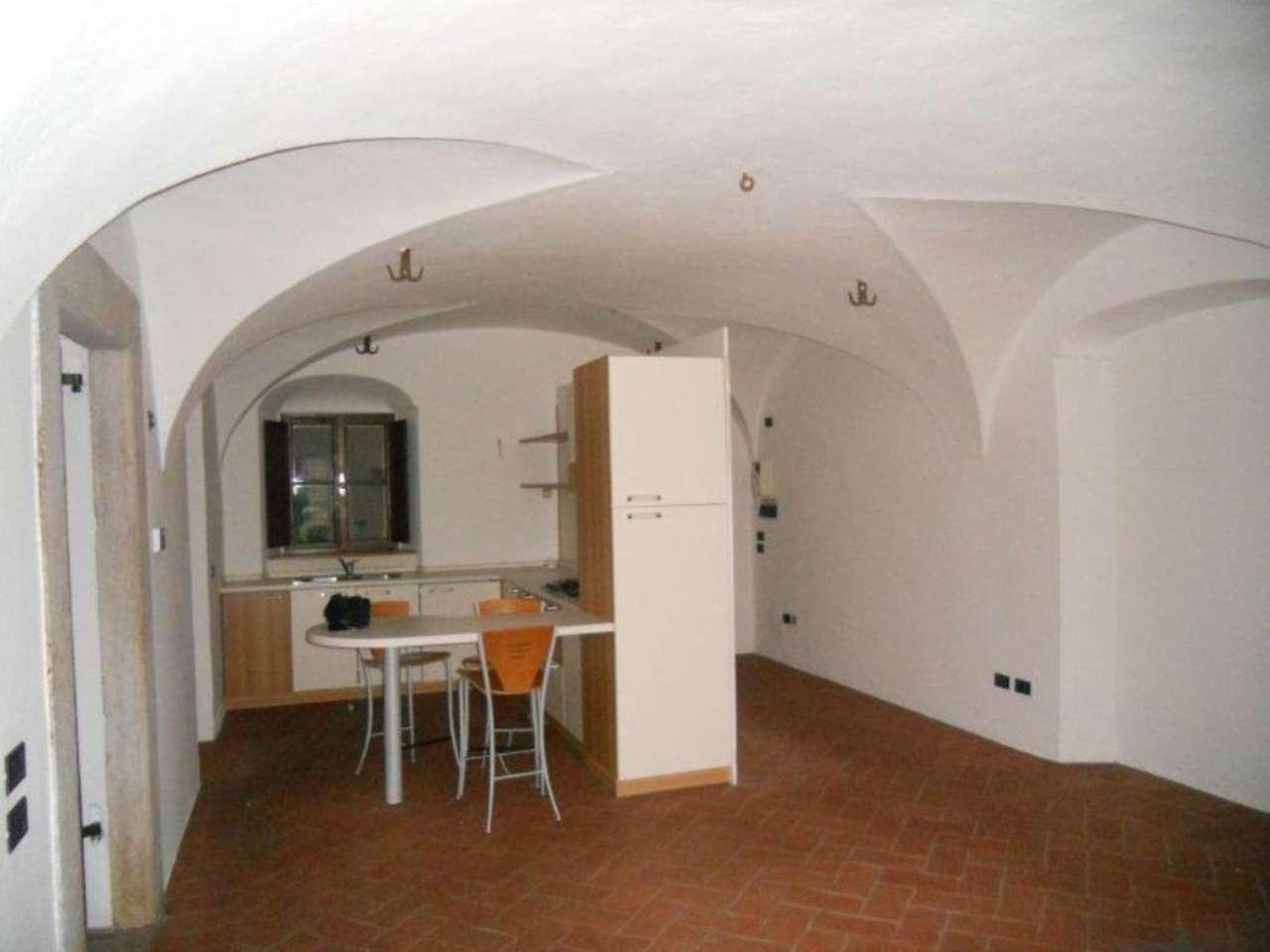 Bilocale Brescia Via Della Piazza 7