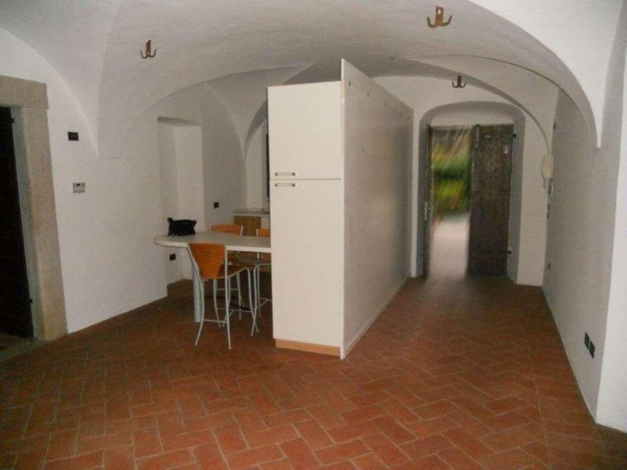 Bilocale Brescia Via Della Piazza 9