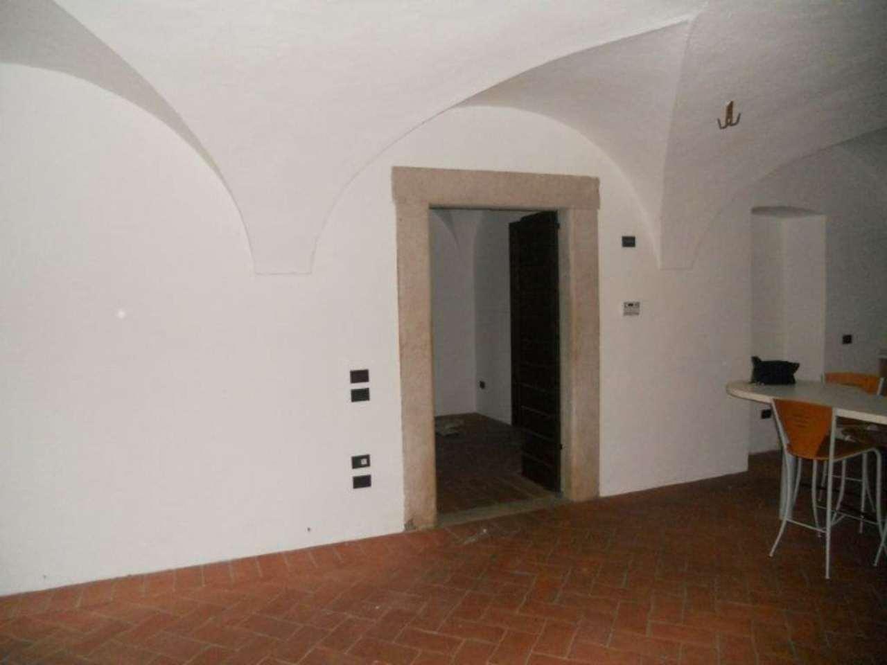 Bilocale Brescia Via Della Piazza 10