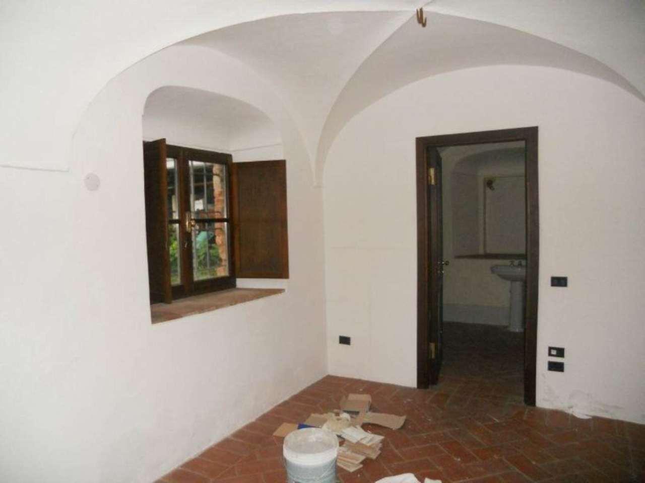 Bilocale Brescia Via Della Piazza 12