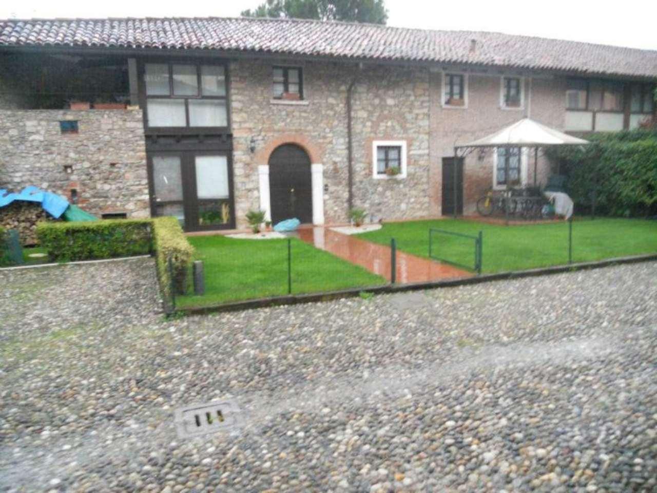Bilocale Brescia Via Della Piazza 5
