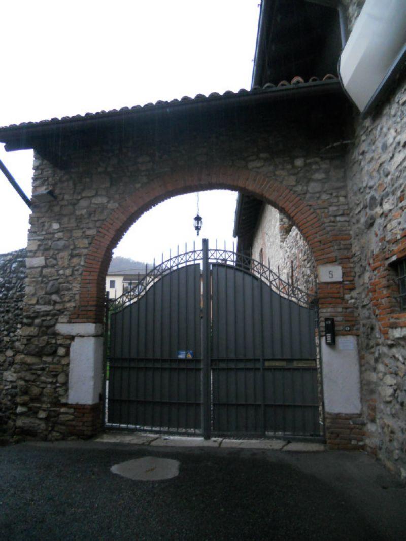 Bilocale Brescia Via Della Piazza 3