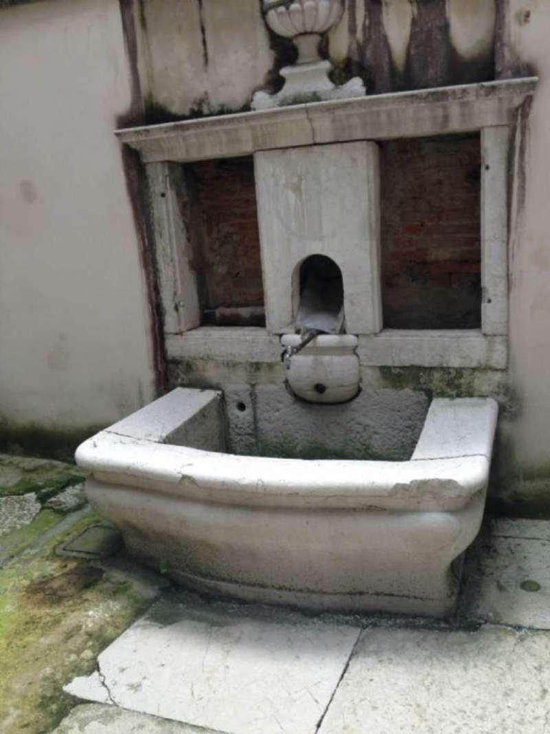 Negozio / Locale in vendita a Brescia, 3 locali, prezzo € 350.000 | Cambio Casa.it