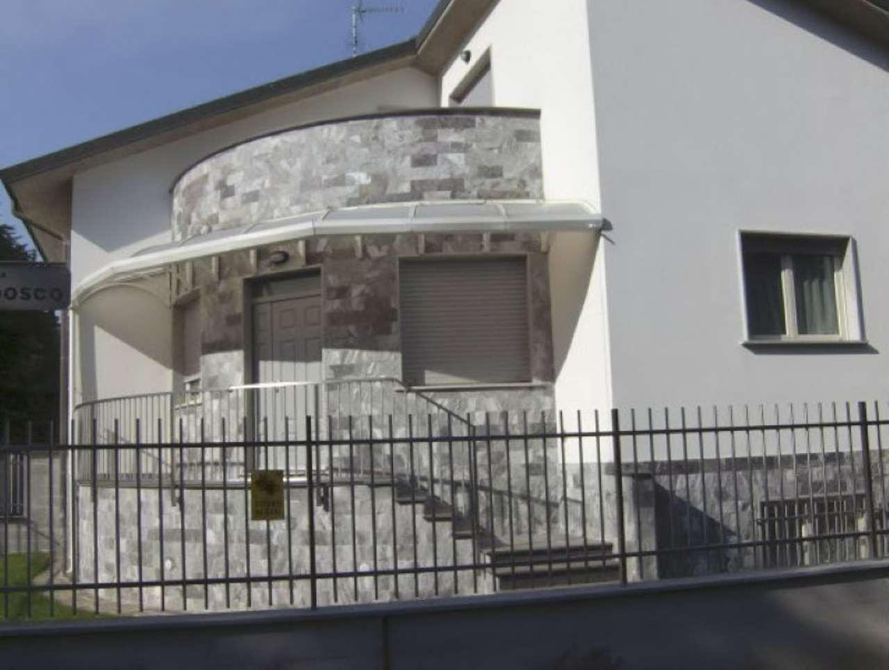 Villa Bifamiliare in affitto a Busto Garolfo, 4 locali, prezzo € 1.350   Cambio Casa.it