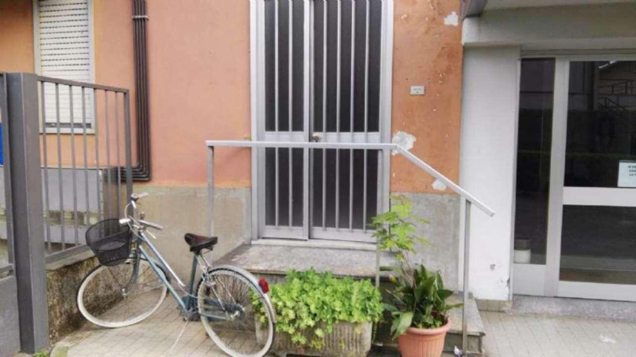Ufficio / Studio in affitto a Castano Primo, 2 locali, prezzo € 500 | CambioCasa.it