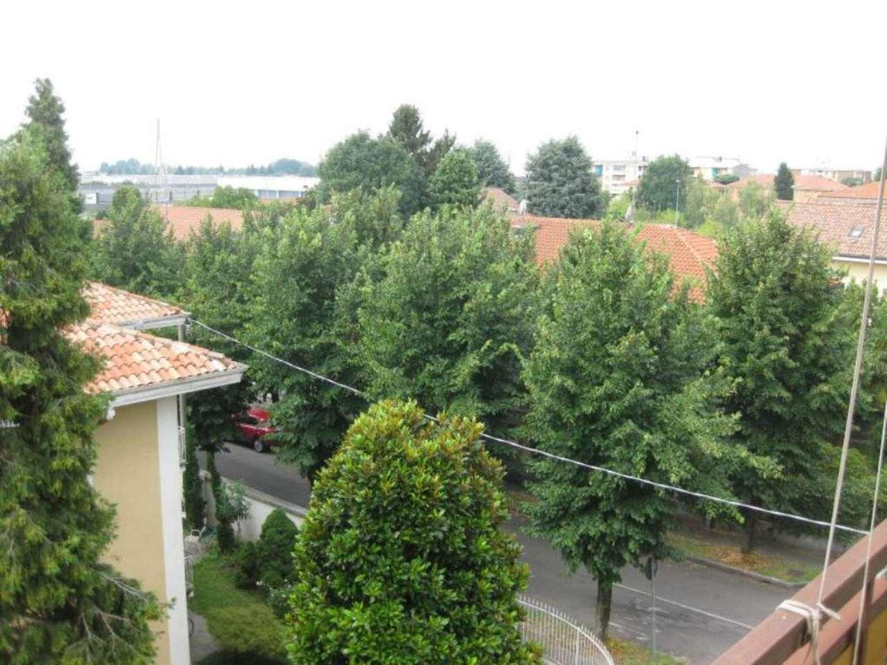 Appartamento in affitto a Arluno, 3 locali, prezzo € 450 | Cambio Casa.it