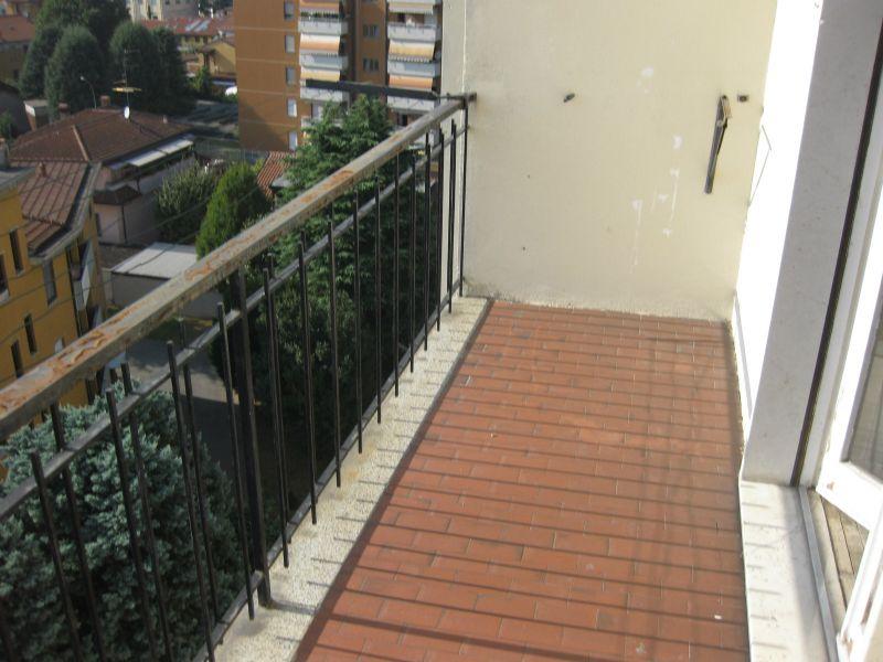 Bilocale Cornaredo Via Mazzini 9