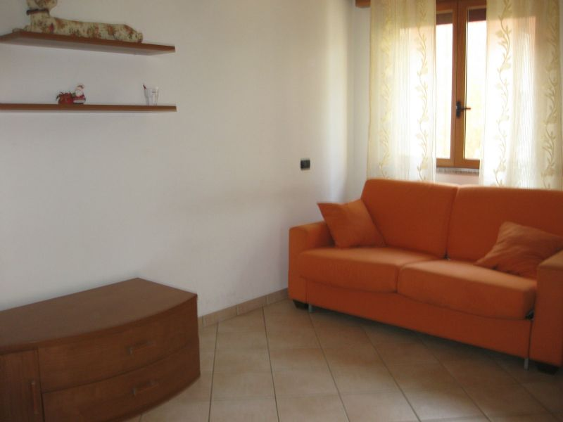 Appartamento in affitto a Pero, 1 locali, prezzo € 650 | CambioCasa.it