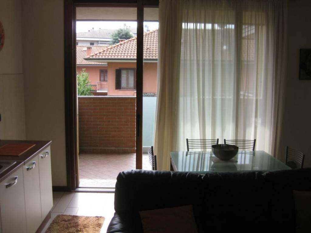 Bilocale Cornaredo Via Mazzini 12
