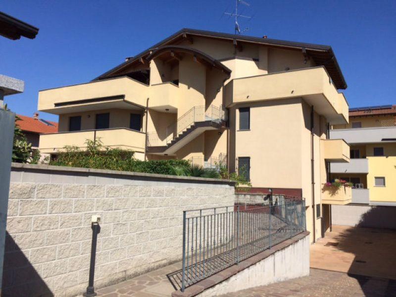 Santo Stefano Ticino Affitto APPARTAMENTO Immagine 0