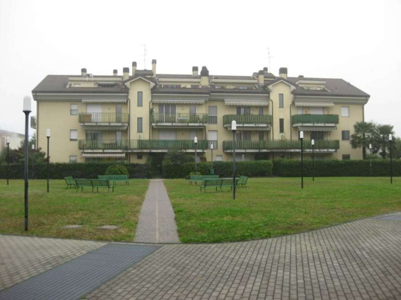 Appartamento in affitto a Vittuone, 2 locali, prezzo € 530   Cambio Casa.it