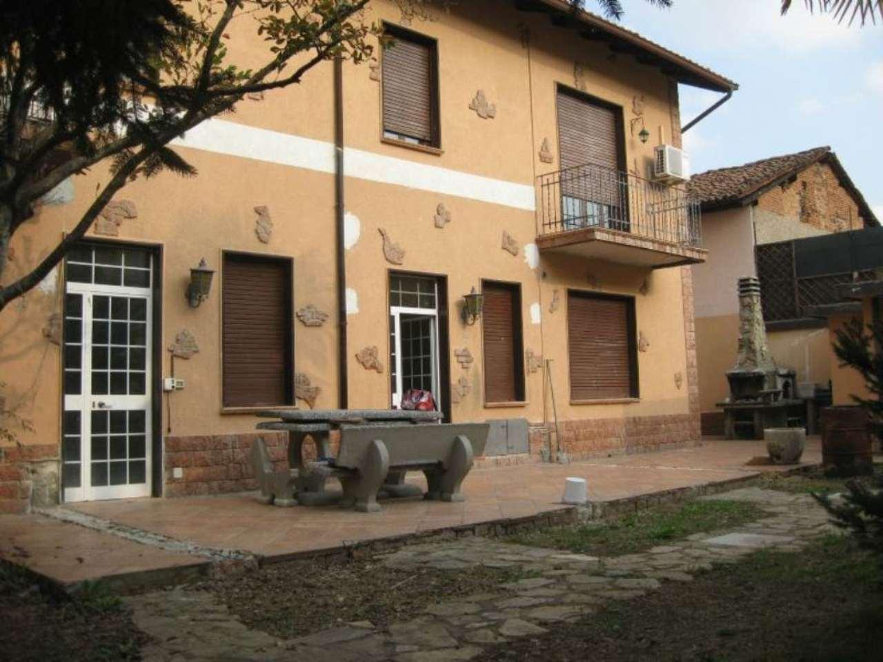 Soluzione Indipendente in affitto a Nerviano, 6 locali, prezzo € 2.000 | Cambio Casa.it