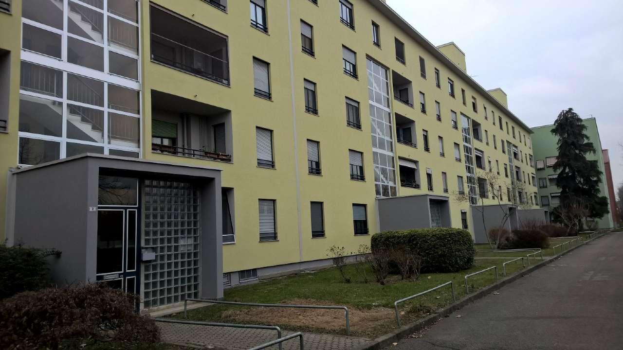Appartamento in affitto a Bareggio, 3 locali, prezzo € 650 | Cambio Casa.it