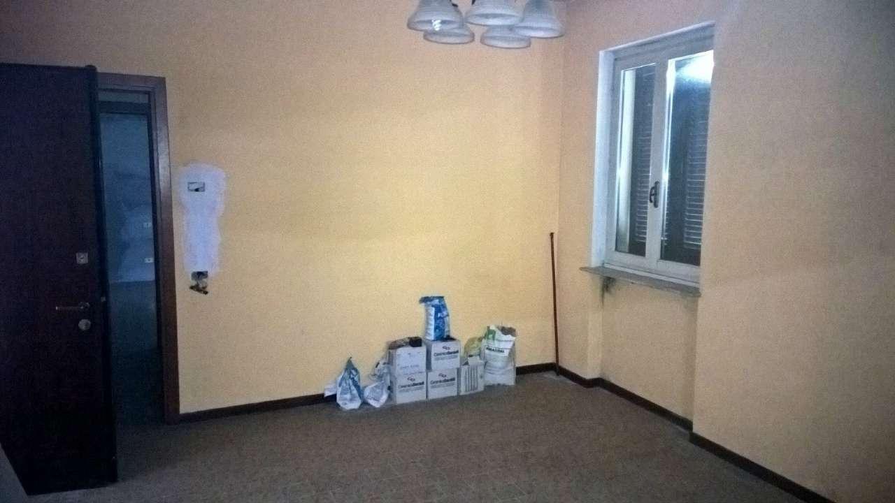 Appartamento in affitto a Robecco sul Naviglio, 2 locali, prezzo € 415 | CambioCasa.it