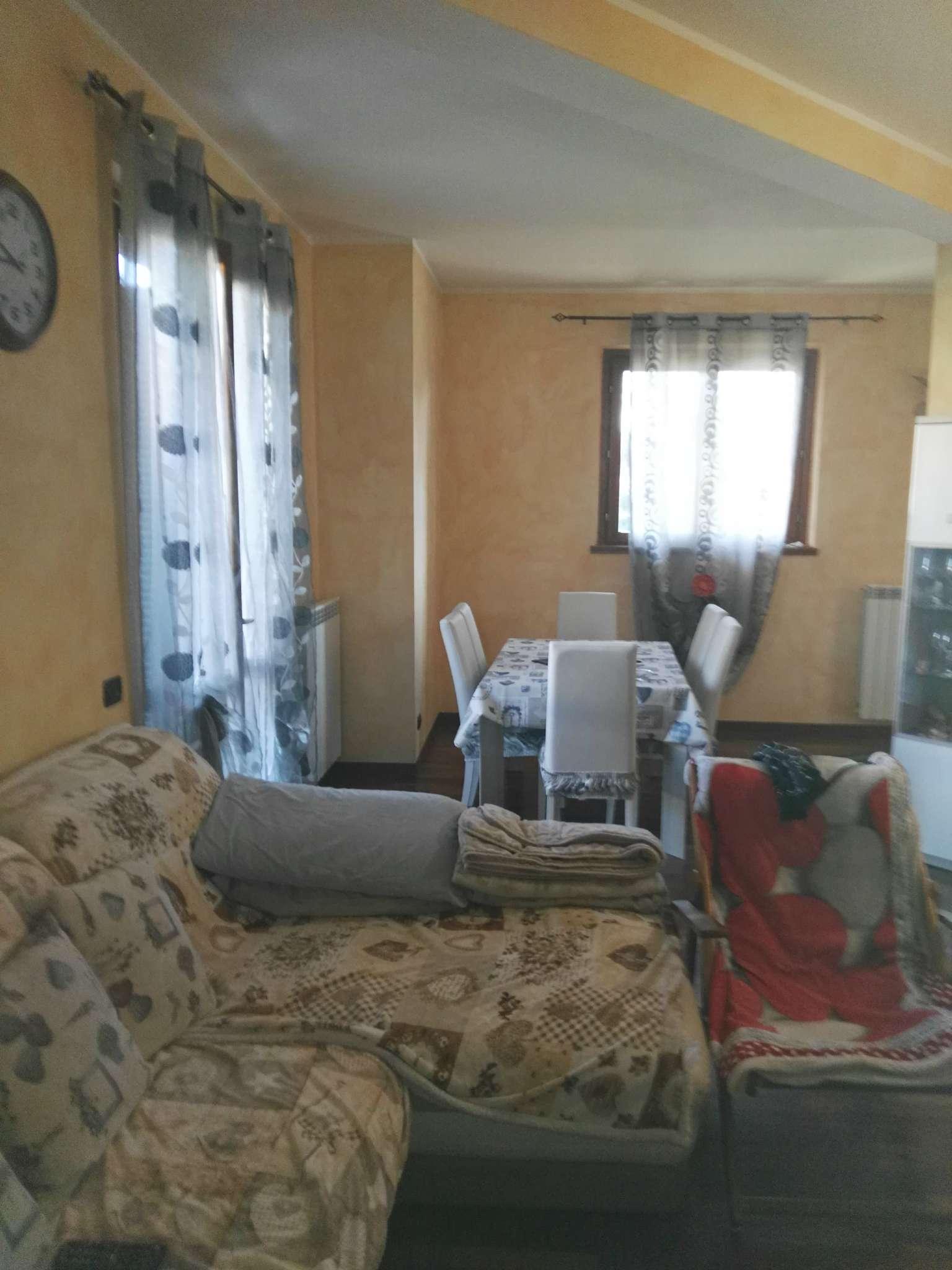 Villa a Schiera in affitto a Inveruno, 5 locali, prezzo € 800 | Cambio Casa.it