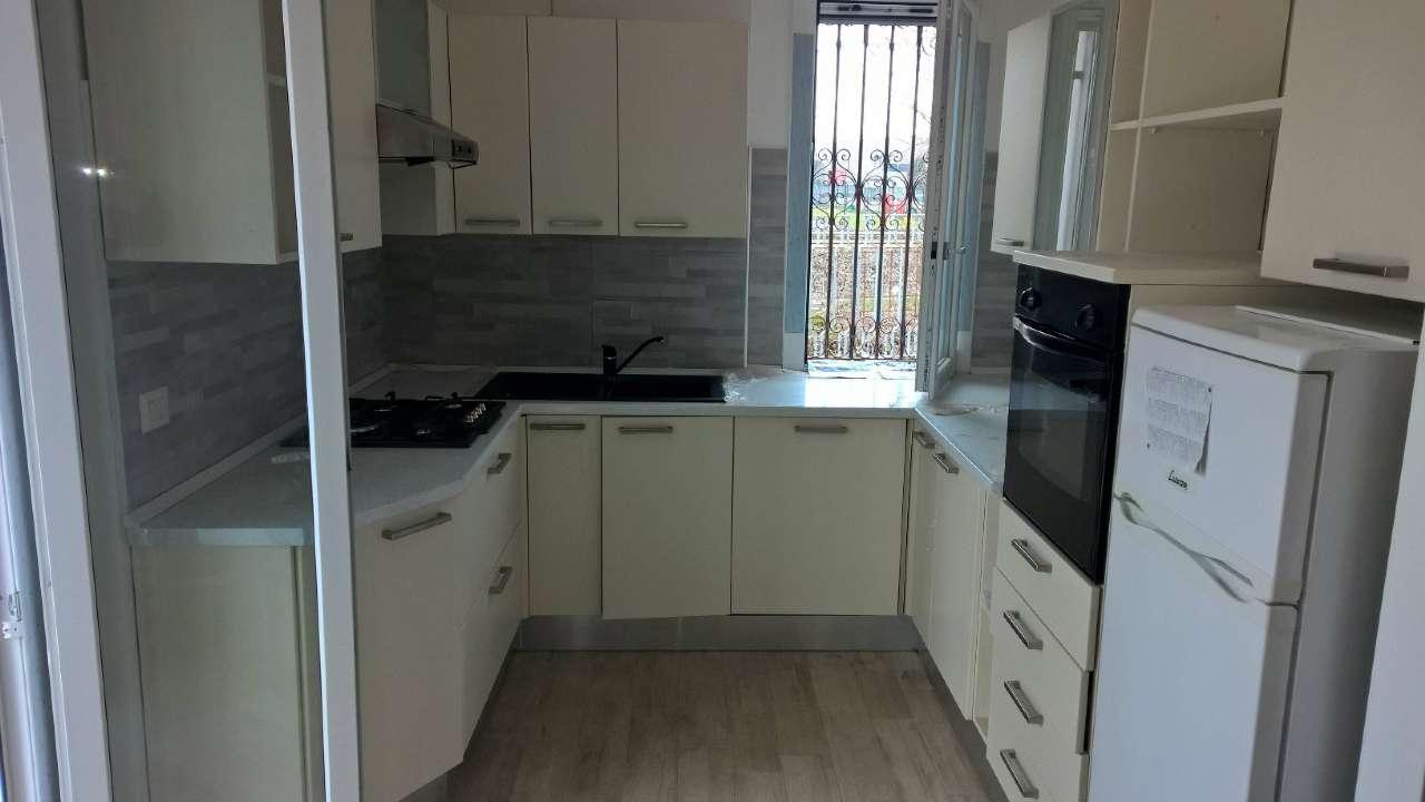 Appartamento in affitto a Sedriano, 2 locali, prezzo € 600 | Cambio Casa.it