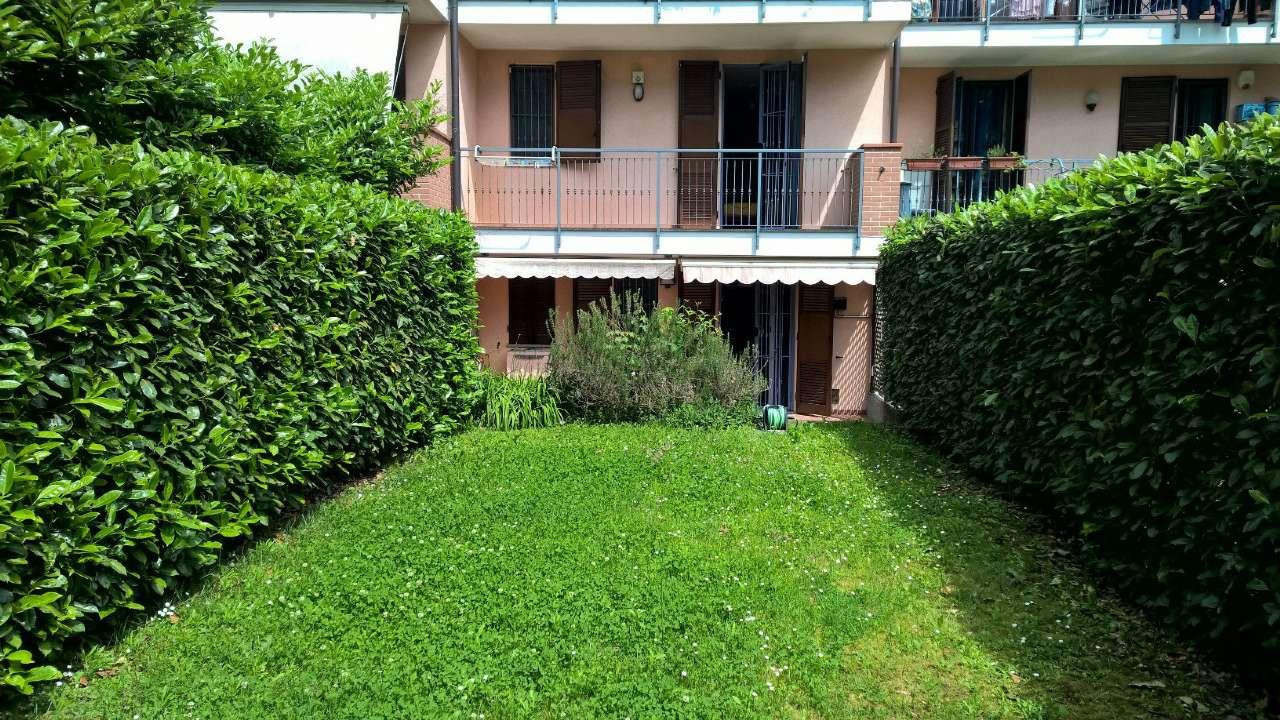 Appartamento in affitto a Bareggio, 2 locali, prezzo € 700 | Cambio Casa.it