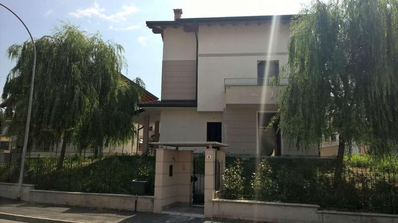 Boffalora sopra Ticino Vendita VILLA UNIFAMILIARE Immagine 1