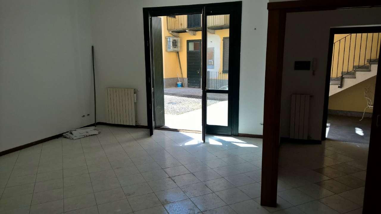 Appartamento in vendita a Cuggiono, 3 locali, prezzo € 186.000 | CambioCasa.it