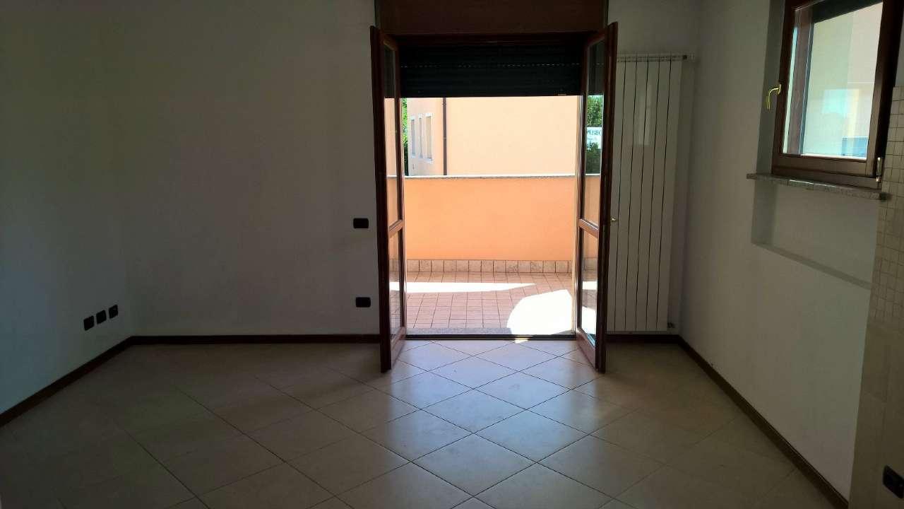 Appartamento in affitto a Mesero, 2 locali, prezzo € 500 | CambioCasa.it