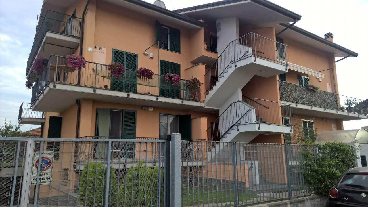 Appartamento in affitto a Bareggio, 2 locali, prezzo € 650   CambioCasa.it