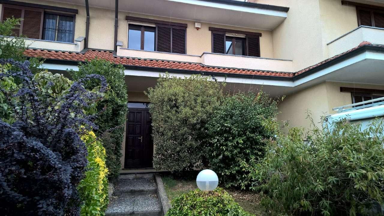 Villa a Schiera in vendita a Sedriano, 5 locali, prezzo € 260.000 | CambioCasa.it