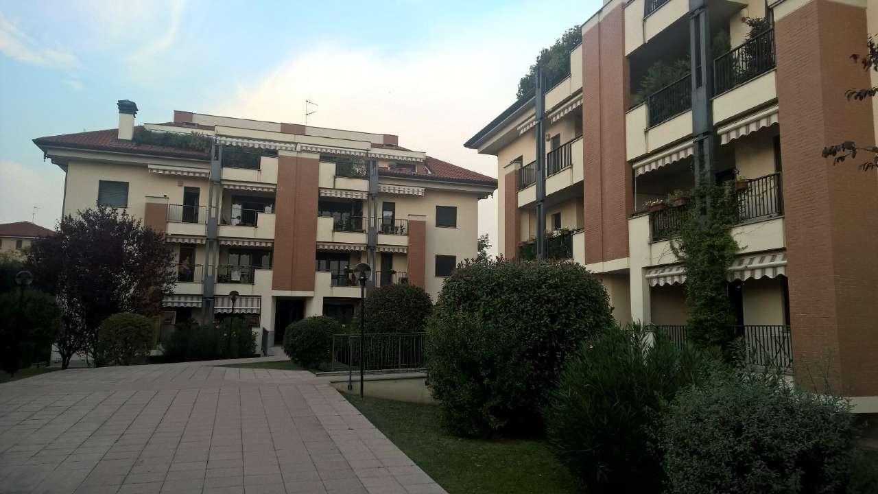 Appartamento in affitto a Corbetta, 2 locali, prezzo € 600 | CambioCasa.it