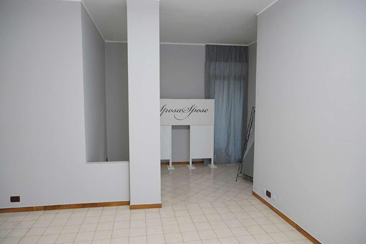 Appartamento in affitto a Bareggio, 3 locali, prezzo € 900 | CambioCasa.it