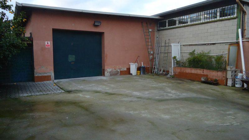 Laboratorio in affitto a roma montespaccato via cavatore for Affitto officina roma