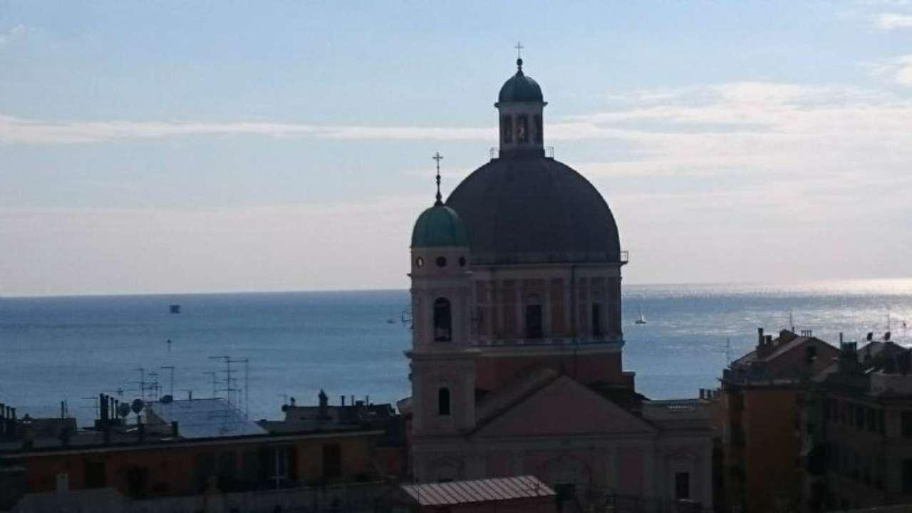 Bilocale Genova Via Opisso 1