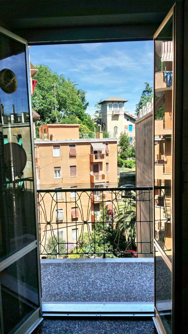 Bilocale Genova Via Rexello 7