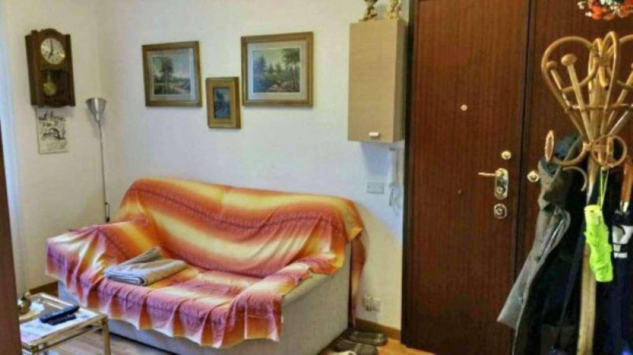 Bilocale Genova Via Sapello 5