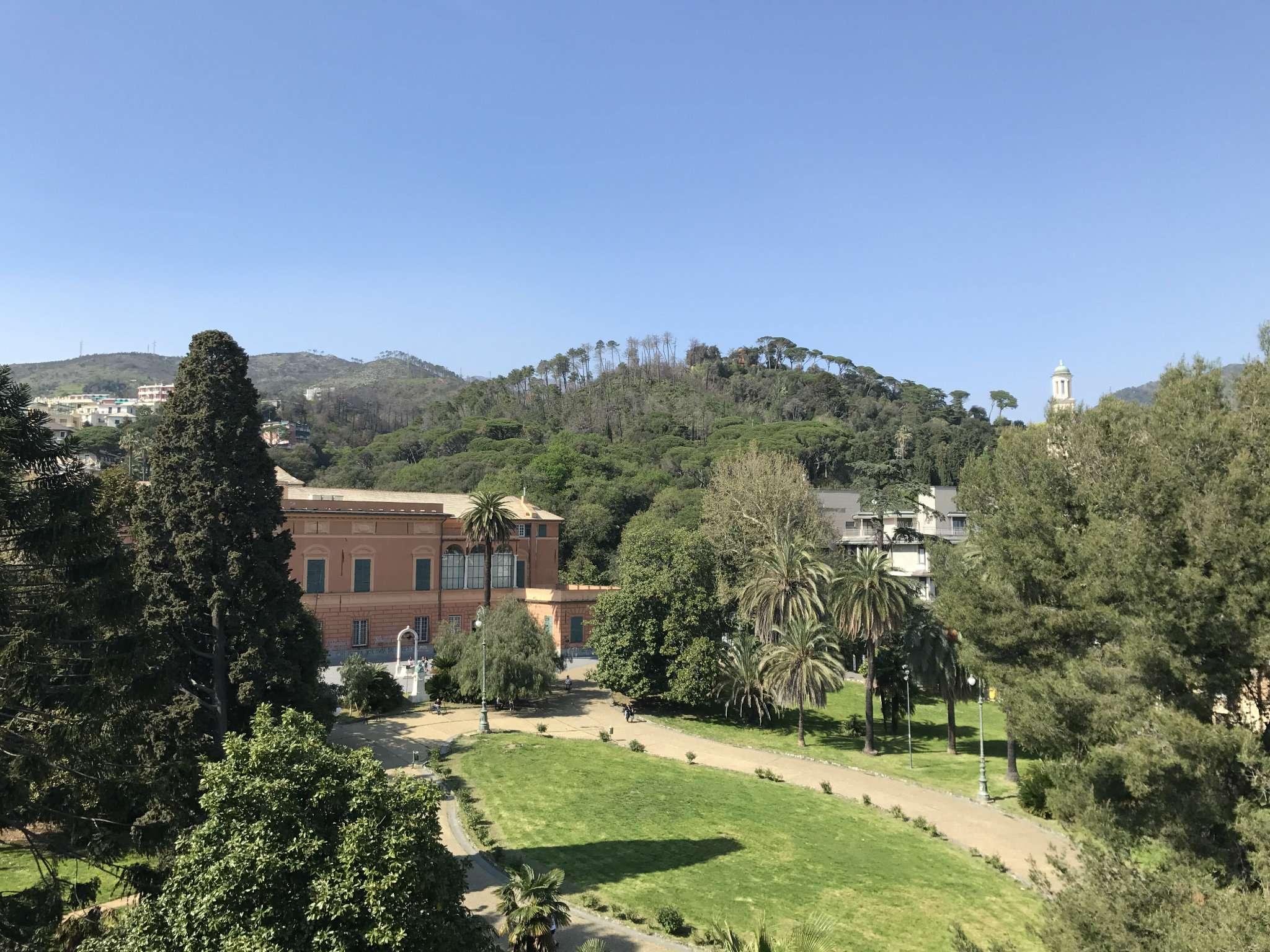 Lanza immobiliare a genova appartamento for Case in vendita pegli