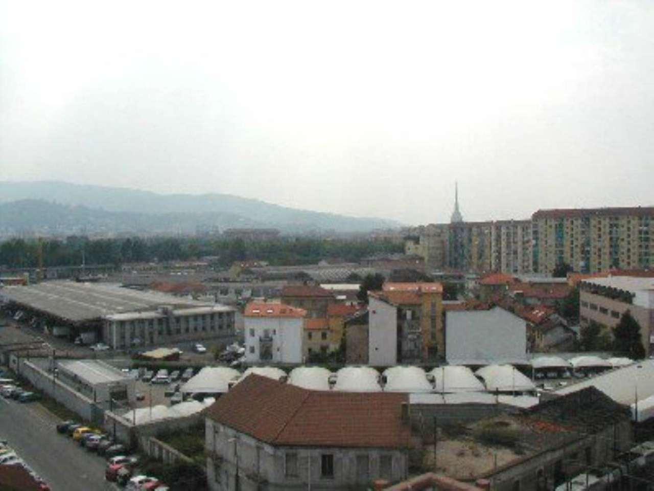 Bilocale Torino Via Pacini 13