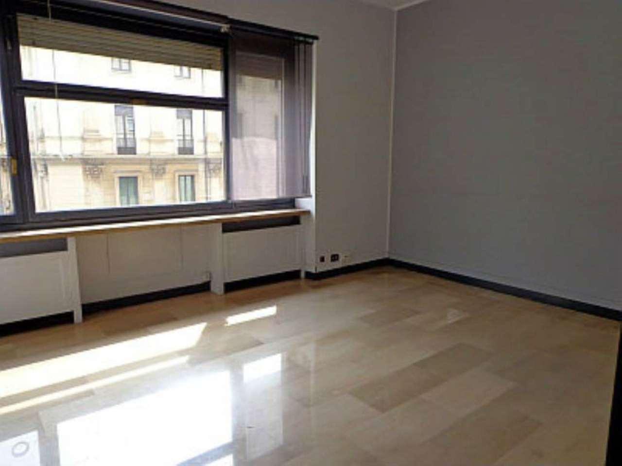 Bilocale Torino Corso Matteotti 2