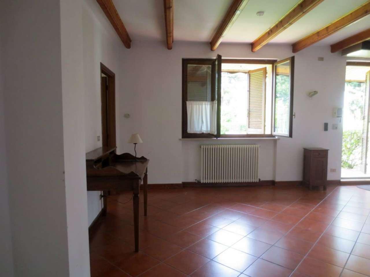 Villa in affitto a Torino, 4 locali, zona Zona: 5 . Collina, Precollina, Crimea, Borgo Po, Granmadre, Madonna del Pilone, prezzo € 1.100 | CambioCasa.it