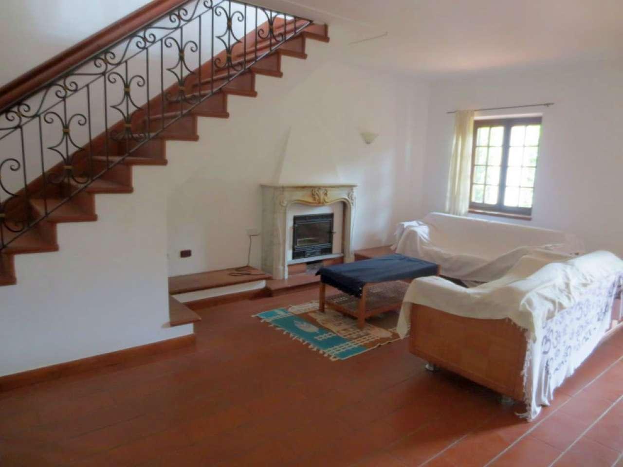 Villa in affitto a Pecetto Torinese, 5 locali, prezzo € 2.000 | CambioCasa.it