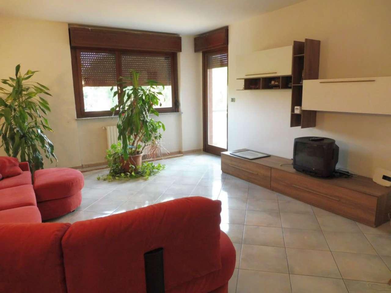 Appartamento in affitto a Alpignano, 4 locali, prezzo € 900 | CambioCasa.it