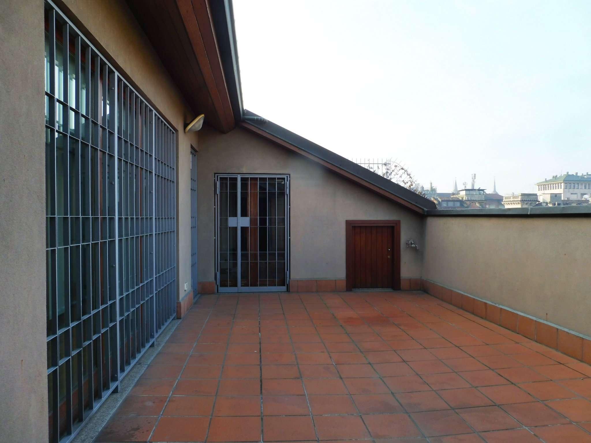Foto 1 di Attico / Mansarda via Madama Cristina, Torino (zona San Salvario)