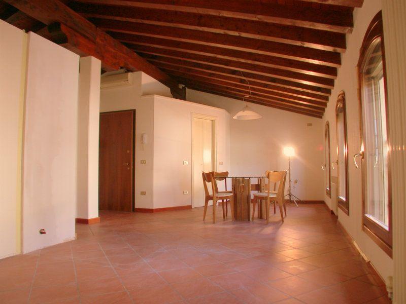Bilocale Treviso Via S. Antonino 3