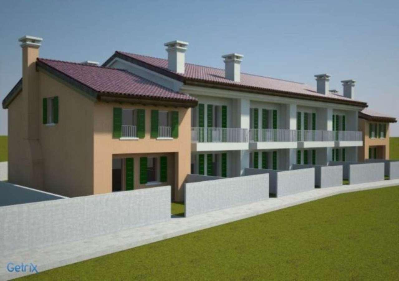 Villa a Schiera in vendita a Paese, 6 locali, prezzo € 260.000   CambioCasa.it