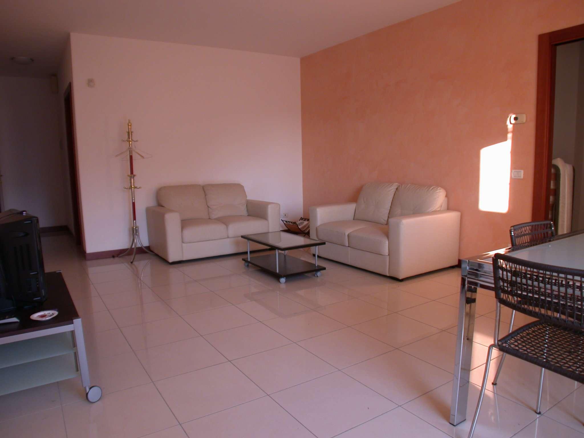 Appartamento in vendita a Mogliano Veneto, 4 locali, prezzo € 145.000   Cambio Casa.it