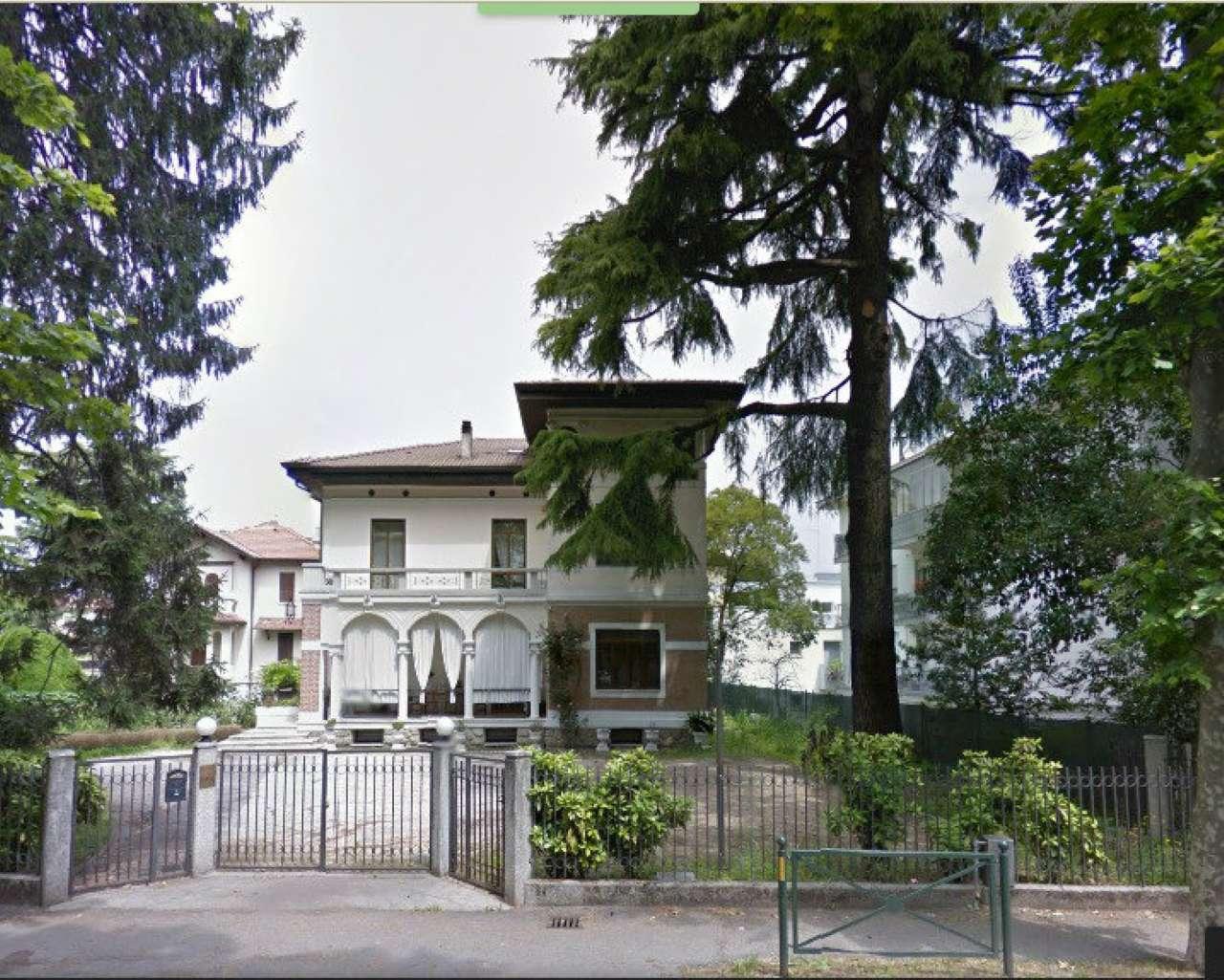 Soluzione Indipendente in affitto a Treviso, 12 locali, prezzo € 2.500 | CambioCasa.it