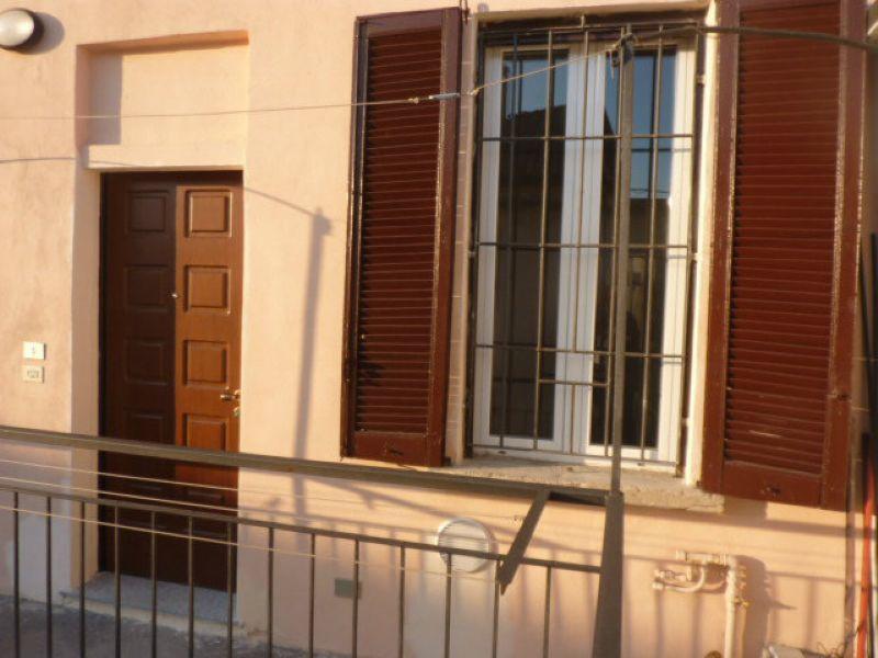 Bilocale Pavia Corso Garibaldi 10